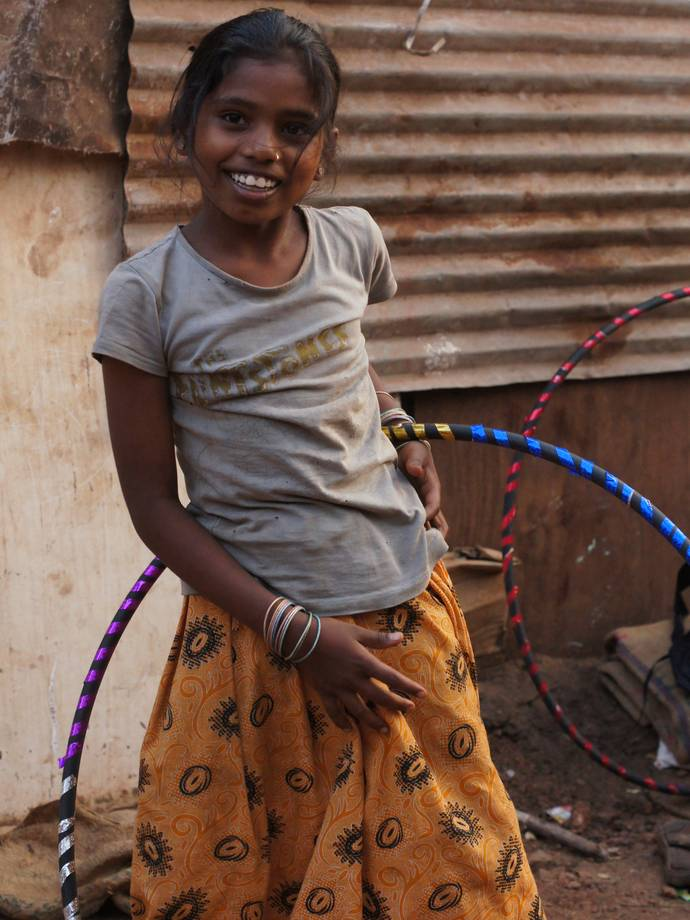 india slum girl Just Relaxing After Making Her Hula Hoop
